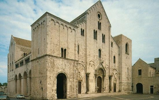 Famous Romanesque Cathedral A Journey In Apulia Discover Bari